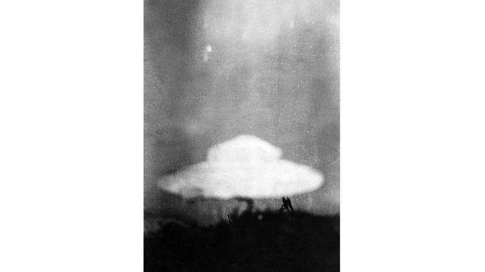 15 fotos de OVNIs tiradas antes da existência de computação gráfica e drones 11