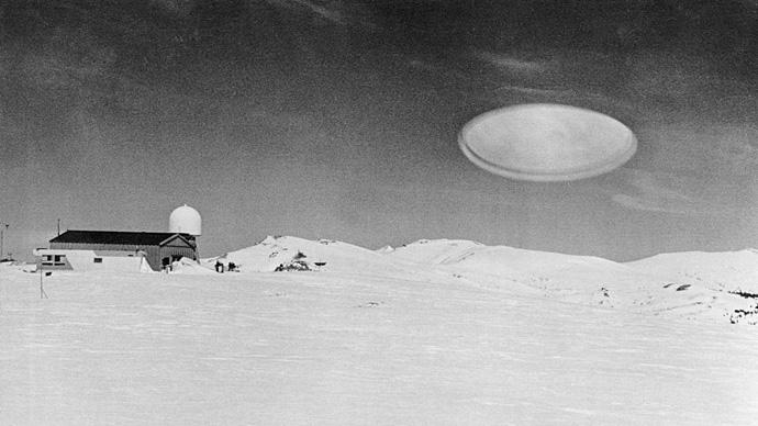 15 fotos de OVNIs tiradas antes da existência de computação gráfica e drones 6