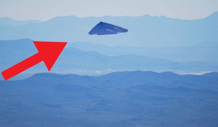 Marinha dos EUA secretamente projetou uma nave com tecnologia super avançada que lembra um OVNI