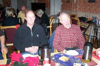 Terje Sangesland og Gunnar Iveland. Gunnar fortalte om julemat-tradisjoner og hvordan de laget lutefisk.