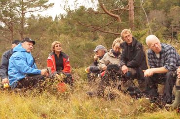 Planlegger Odd Erling Aurebekk, , bak han et ektepar fra Heggland, ??, Anne Britt og Kjell Greibesland, Hans Brandsdal.