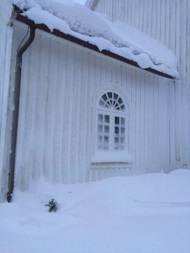 Øvrebø kirke snøvinteren 2017-18 (3)