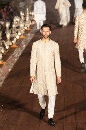 WIFWSS'15D5S5RohitBalRunway057