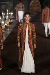 WIFWSS'15D5S5RohitBalRunway131