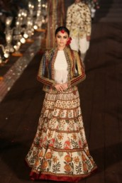 WIFWSS'15D5S5RohitBalRunway143
