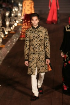 WIFWSS'15D5S5RohitBalRunway255_0