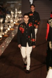 WIFWSS'15D5S5RohitBalRunway262_0