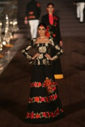WIFWSS'15D5S5RohitBalRunway268