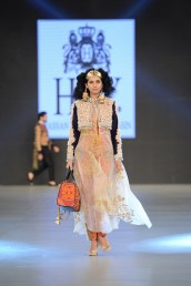 HSY (72)