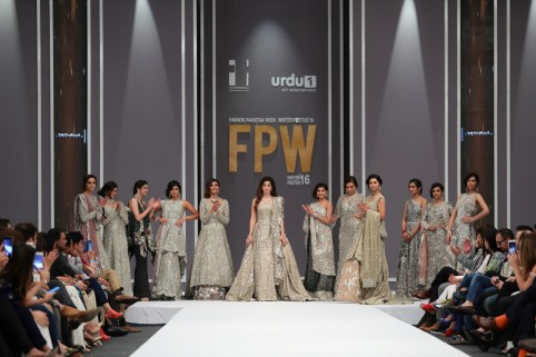 republic-womenswear-12-large