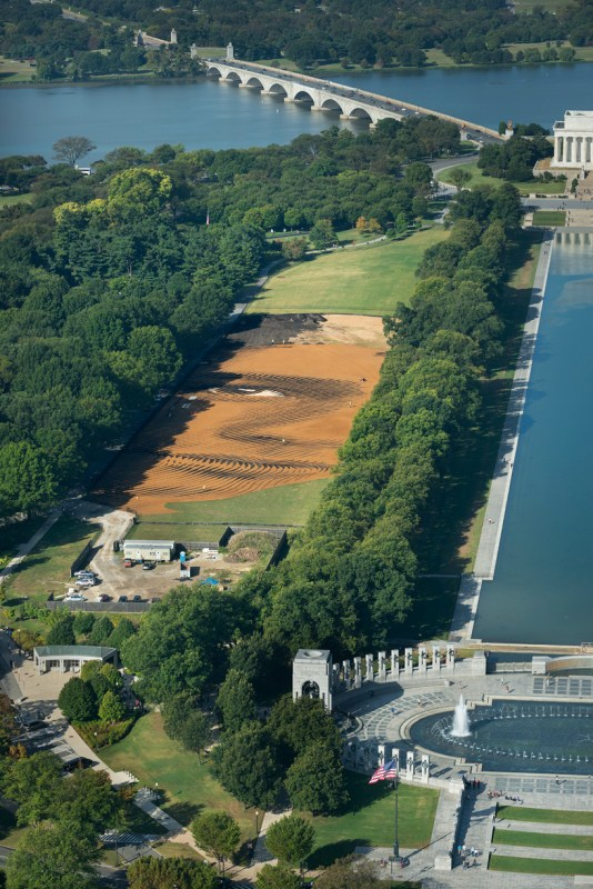 jorge-rodriguez-gerada-out-of-many-one-national-mall-designboom-02