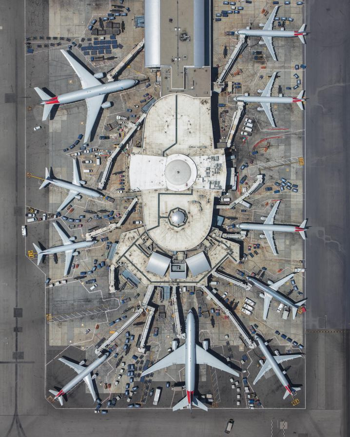 mike-kelley-airport-photography-9