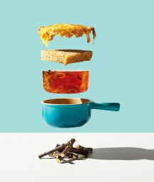michael-crichton-photoghraphy-captures-flying-food-10