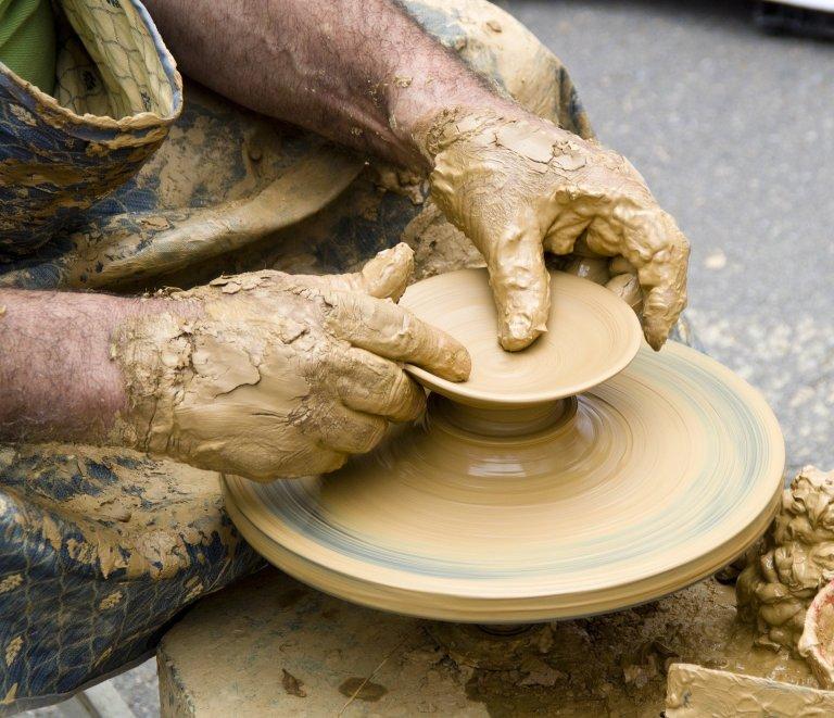 ceramic-3050615_1920