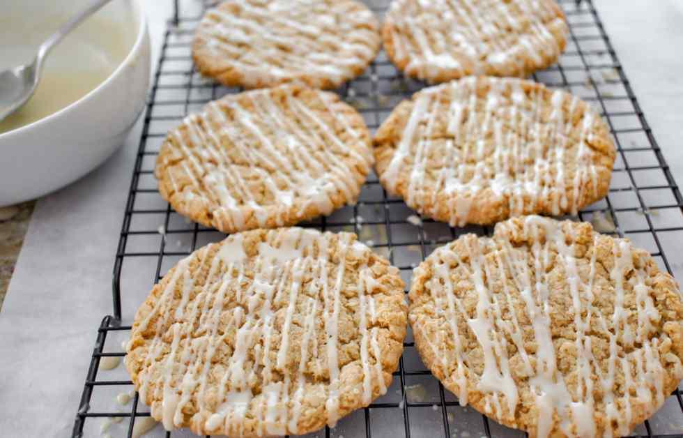 Maple Oatmeal Cookies