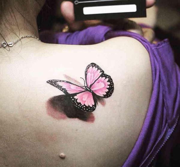 Hình xăm mini từ hình bướm đầy quyến rũ