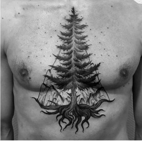 Hình xăm cây thông trên ngực nam giới
