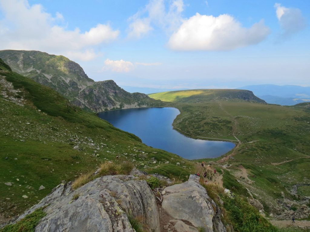 day-hikes-near-sofia-seven-rila-kidney-lake