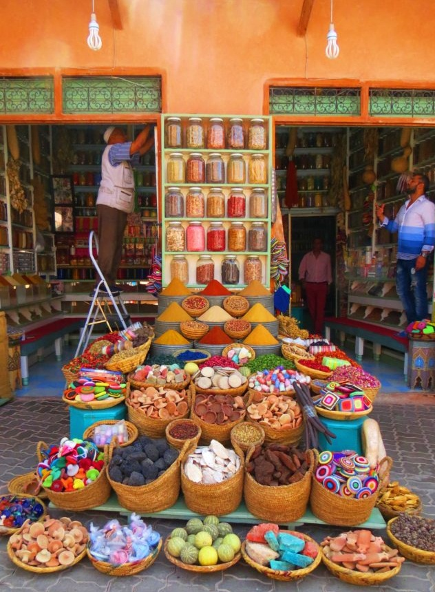 3-weeks-in-morocco-travel-itinerary-shopping-marrakech