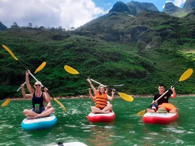 Ha Giang Loop tour kayaking