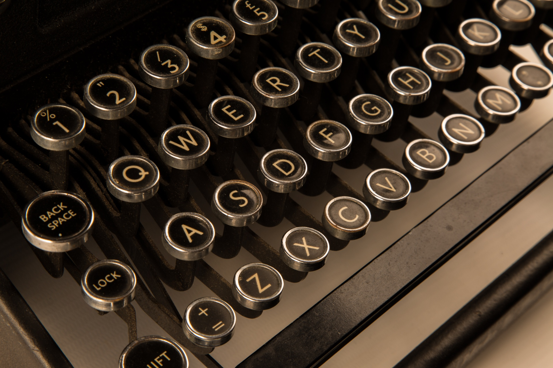 Following In The Footsteps Of 4 Legendary Copywriters