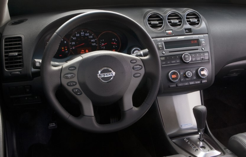 2009 Nissan Altima Interior HD Wallpaper