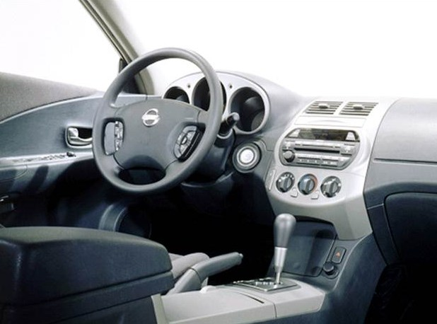 2003 Nissan Altima Interior HD Wallpaper