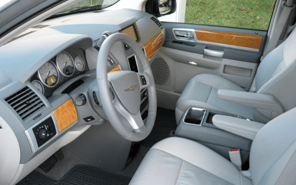 2009 Chrysler Town & Country Interior and Redesign