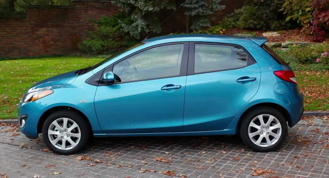 2012 Mazda 2 Owners Manual and Concept