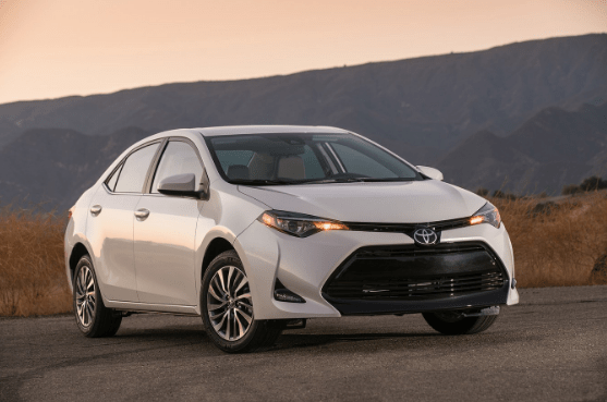 2017 Toyota Corolla Owners Manual and Concept