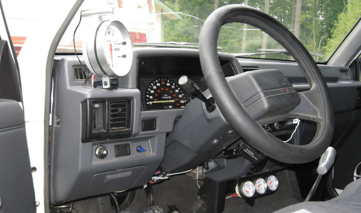 1995 Mitsubishi Mighty Max Interior and Redesign