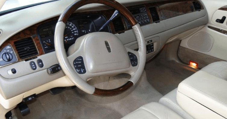 2001 Lincoln Town Car Interior and Redesign