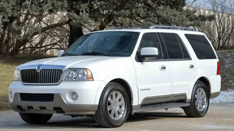 2004 Lincoln Navigator Concept and Owners Manual