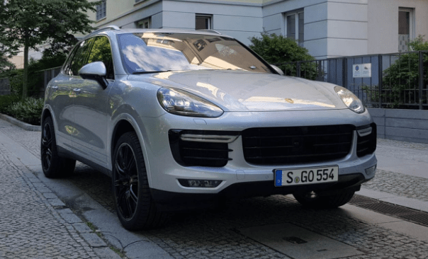 2016 Porsche Cayenne Owners Manual and Concept