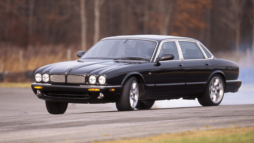 2000 Jaguar XJ Concept and Owners Manual