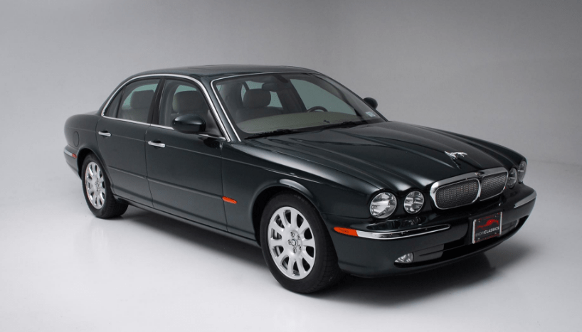 2004 Jaguar XJ Concept and Owners Manual