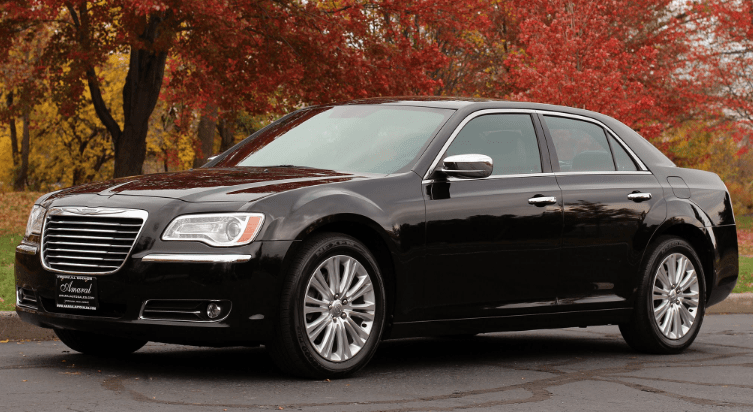 2013 Chrysler 300C Concept and Owners Manual