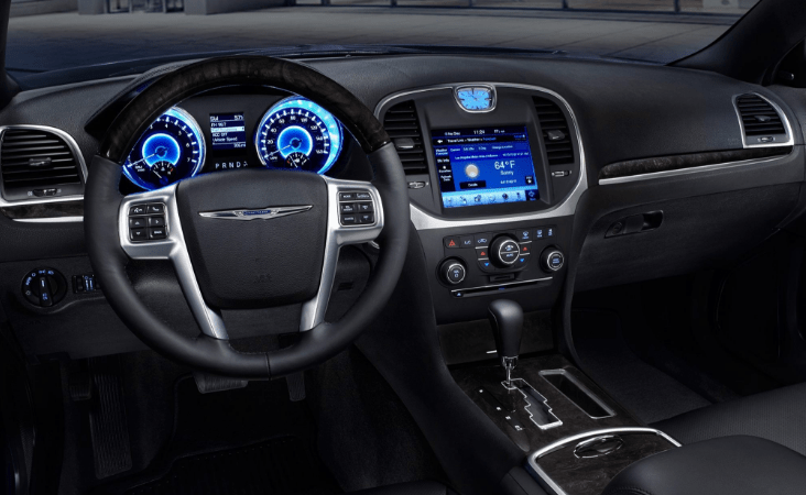 2013 Chrysler 300C Interior and Redesign