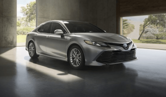 2018 Toyota Camry Hybrid Owners Manual and Concept