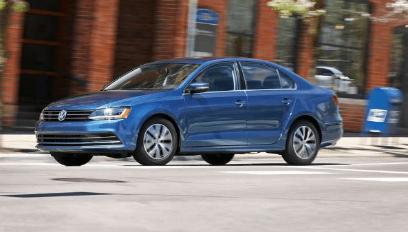 2017 Volkswagen Jetta Owners Manual and Concept