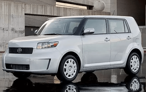 2010 Scion xB Owners Manual and Concept