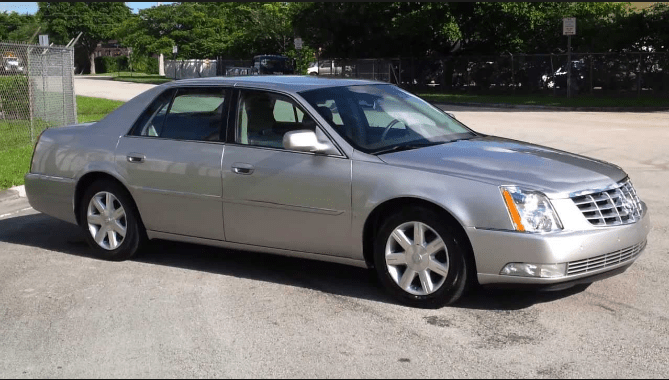 2006 Cadillac DTS Owners Manual and Concept