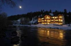 Pagosa Springs in Town at night