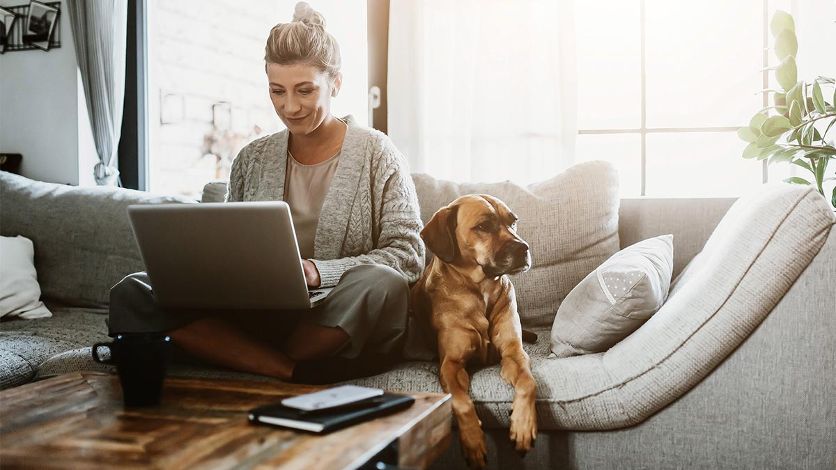 34 Awesome Business Ideas for Moms to Make Money From Home