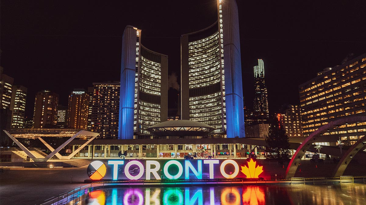 What are the Best Businesses to Start in Toronto?