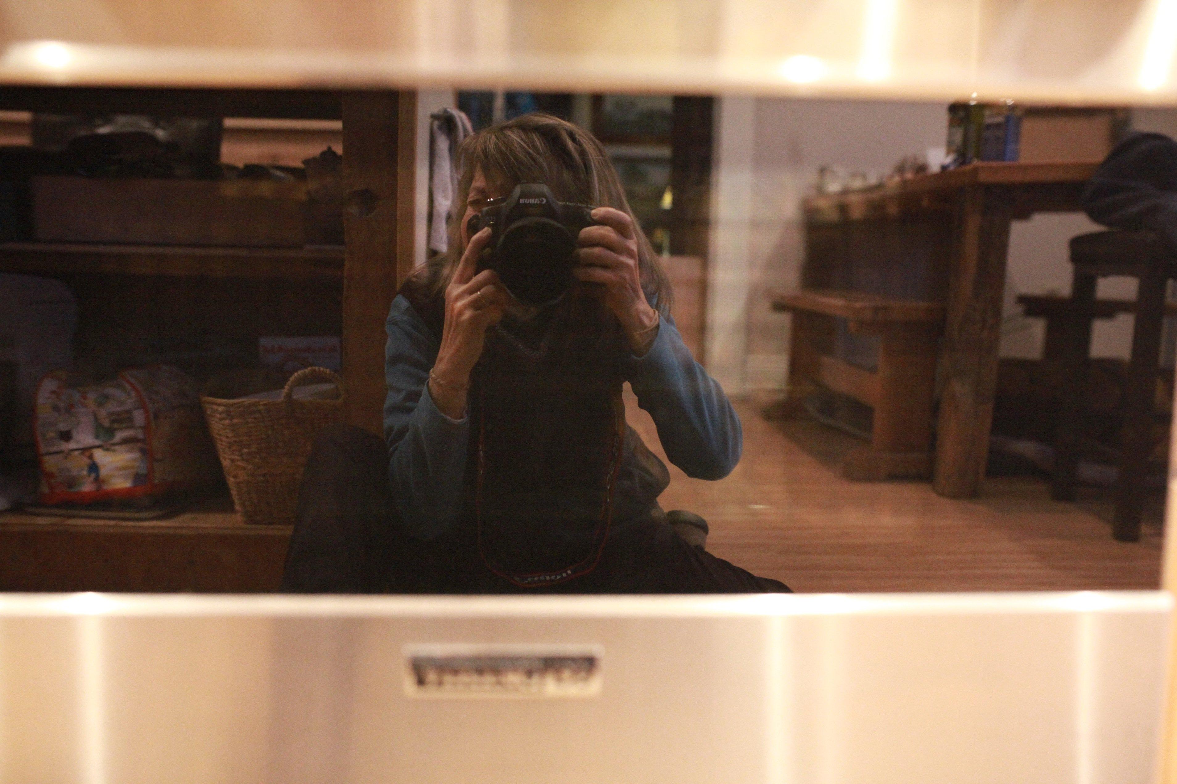selfie in the oven