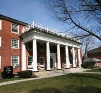 Fraternity undertakes DIY demolition project