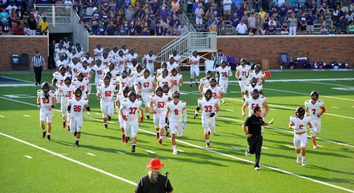 Football team takes Texas