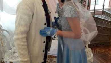 Отношения во время карантина: увеличилось количество разводов, свадьба в защитных масках и свидание с балкона