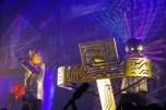"""Neil Tennant (kiri) dan Chris Lowe dari band Pet Shop Boys beraksi dalam konser mereka di Plenary Hall Jakarta Convention Centre, Jakarta, Sabtu (17/8). Konser tersebut merupakan bagian dari tur mereka """"Electric"""", dimana mereka membawakan sejumlah lagu dari album terbaru serta lagu-lagu hits mereka seperti """"West End Girls"""", """"Always On My Mind"""", dan """"Go West"""". ANTARA FOTO/Oxalis Atindriyaratri/nz/13. link"""